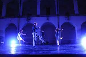 Imperfect Dancers - MAXFOCHI