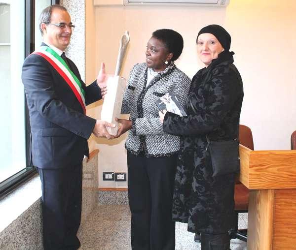 Foto incontro con la Ministra