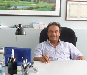 Dr. Roberto Bernorio