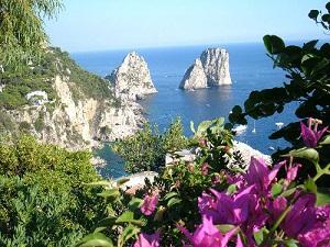 Capri Anacapri Napoli Faraglioni con bouganville