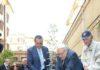 Raffaele Sassun - Presidente del KKL Italia Onlus e gli ex-deportati Piero Terracina e Sami Modiano - nella posa dellulivo a Regina Coeli