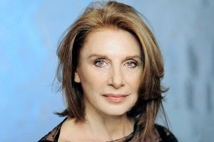Paola Pitagora r