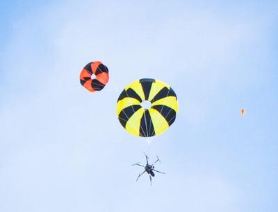 paracadute drone