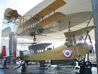 padiglione aeronavale Museo Nazionale Scienza e Tecnologia