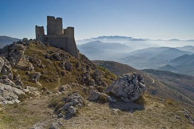 Rocca Calascio LAquila catena del Gran Sasso dItalia