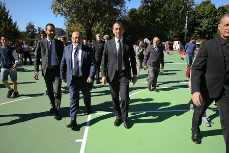 Vittorio Cino e Giuseppe Sala Inaugurazione 1 playground coperto Milano - Coca-Cola