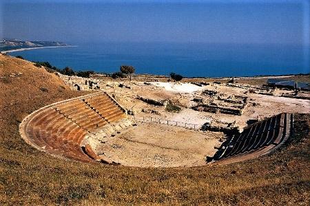 Policoro resti di Heraclea il teatro