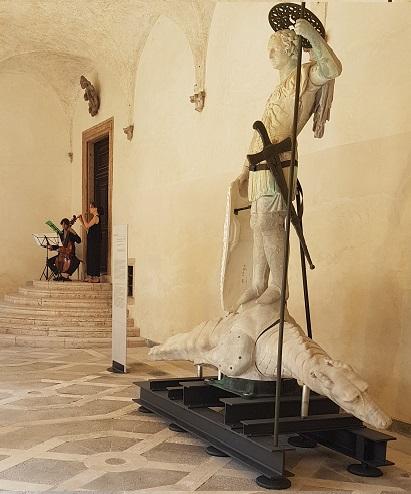 Venezia La statua del  TODARO restaurata a Palazzo Ducale