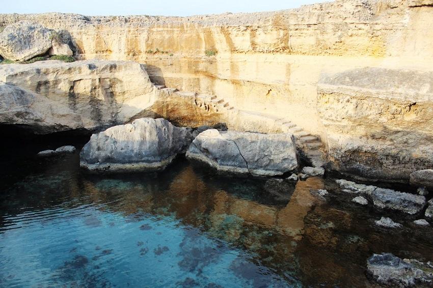 Roca-La-grotta-della-Poesia