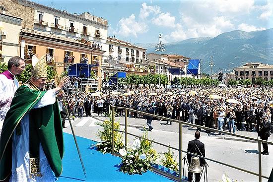 Benedetto XVI a Sulmona