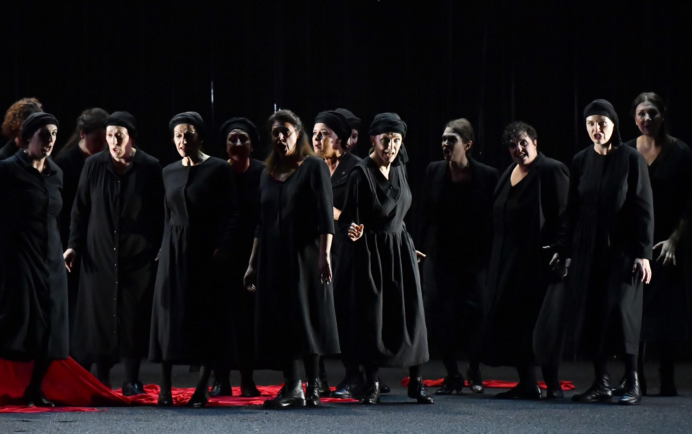 1276 Macbeth Coro del Teatro Regio di Parma