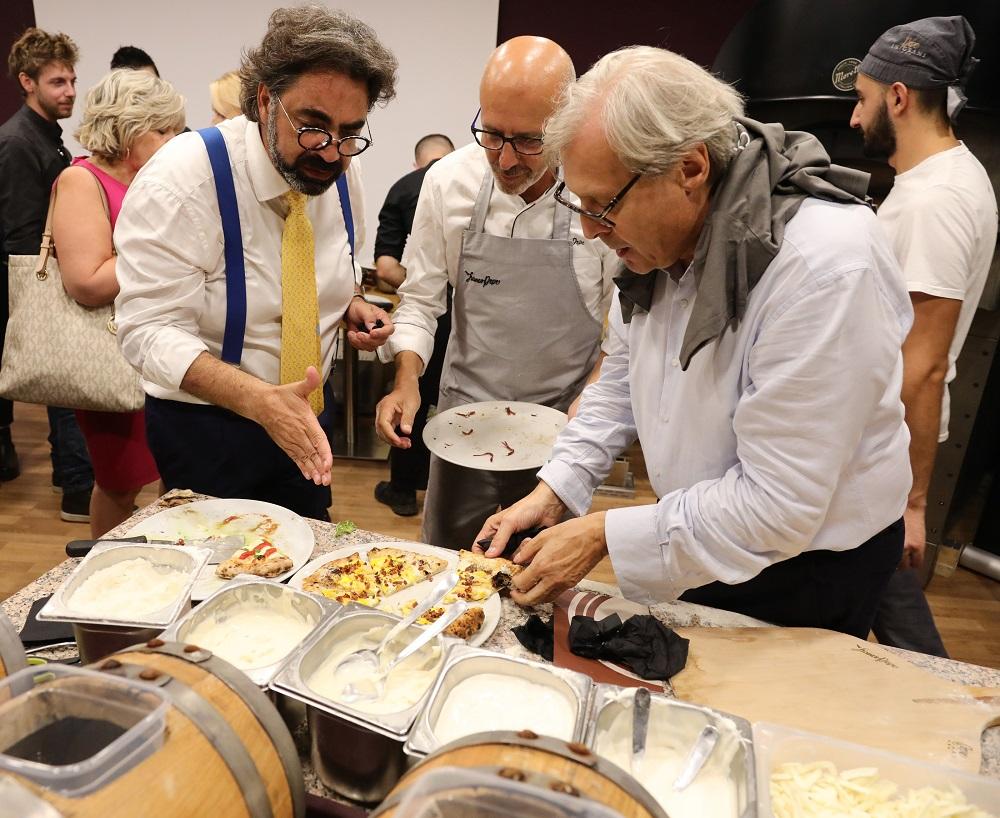 Armando De Nigris Pepe e Sgarbi provano la Pizza al Balsamico