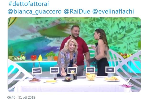 Detto Fatto - Evelina Flachi - Puntata 31 ottobre 2018