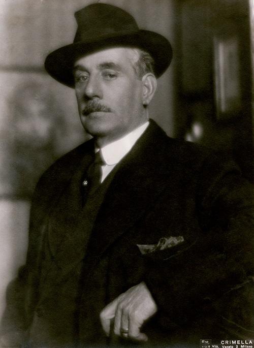 Scatto di Mario Crimella  a  Giacomo Puccini
