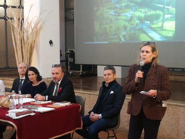 Conferenza Stampa al CIRCOLO FILOLOGICO MILANO a dxl a Presidente