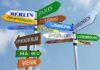 Nuovi laureati -per fare carriera importanti le lingue e trasferirsi allestero