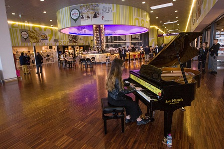 Pianocity for Peace Aeroporto Orio al Serio 5