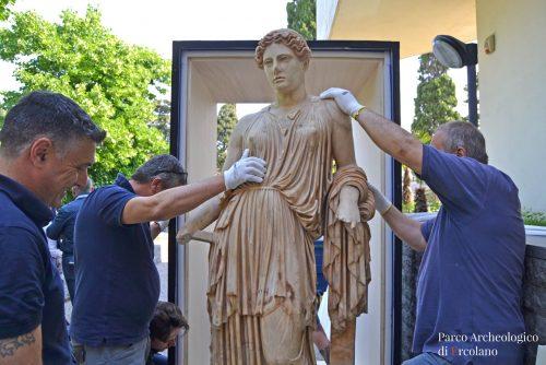 Demetra- fontana dellIdra di Lerna