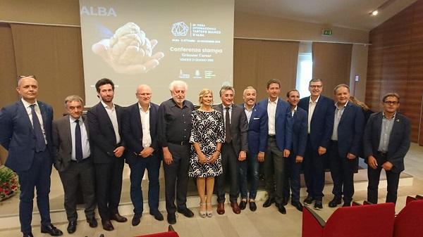 GRINZANE CAVOUR AUTORITA ALLA PRESENTAZIONE 89 FIERA INTERNAZIONALE DEL TARTUFO ALBA 2019