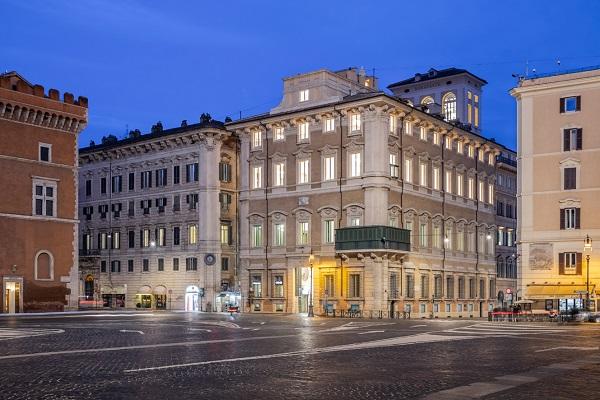 Palazzo Bonaparte Esterno 1
