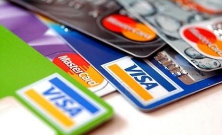 Codici - interessi nascosti dietro le spese a rate con carte di credito