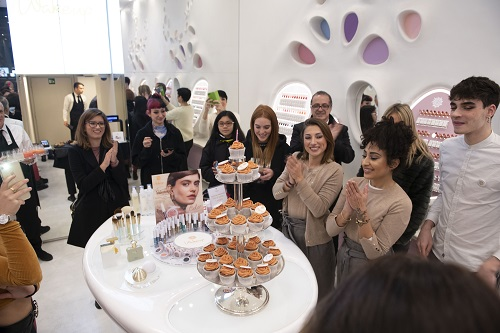 Cosmetics Group - WU Birthday 2