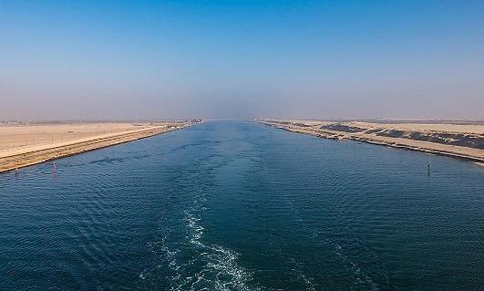 Il Canale di Suez compie 150 anni
