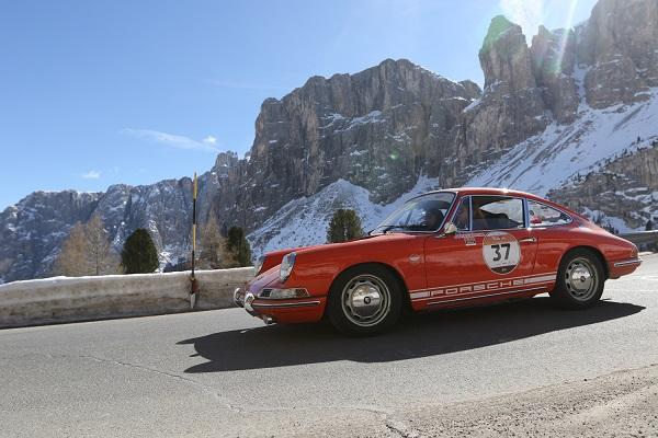 Bottini-Boscardin su Porsche 911 T del 1966 Gallucci Photo