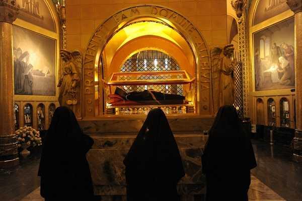 monastero santa Rita da Cascia monache urna