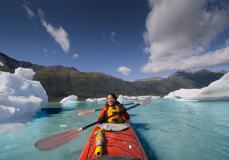 Brand USA 29 IAW Ariel Tweto Kayak low