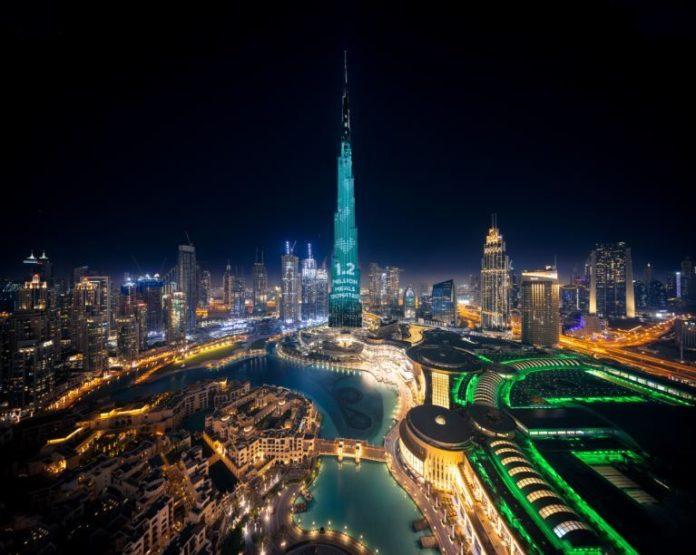Burj Khalifa illuminazione 2 low