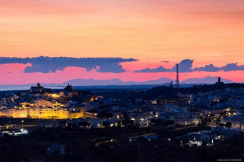 Ostuni tramonto Montagne dellAlbania