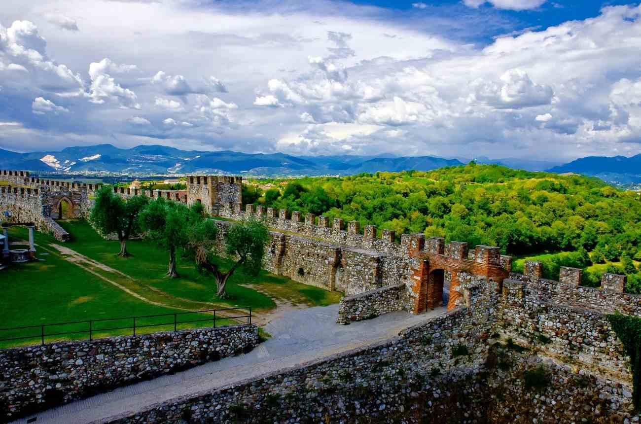 Rocca di Lonato del Garda - quartiere principale
