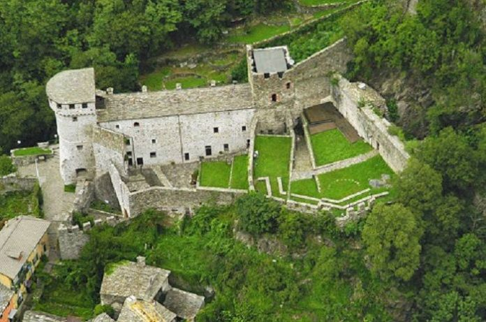 castello Vogogna in Val d'Ossola Piemonte