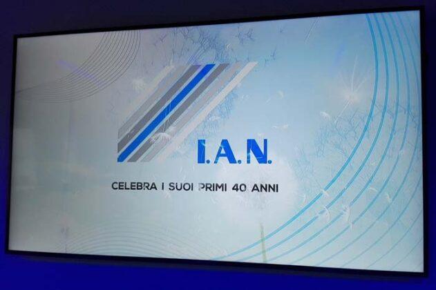 40 Anni Ian 34
