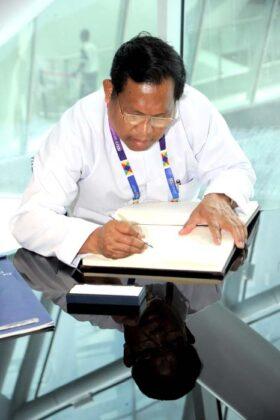 Expo Myanmar 2015 Ali 4939