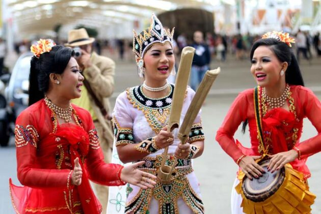 Expo Myanmar 2015 Sgp 6164