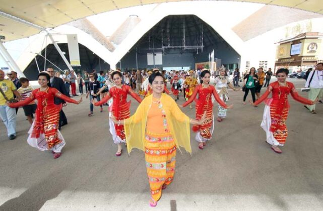 Expo Myanmar 2015 Sgp 6648