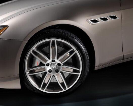 Maserati Quattroporte 2013 24