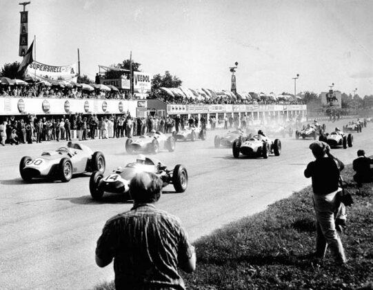 Z2 Circuito Gp Monza Una Leggenda Lunga 90 Anni
