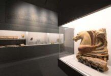Veduta Di Allestimento Della Mostra Etruschi Viaggio Nelle Terre Dei Rasna Presso Il Museo Civico Archeologico Di Bologna