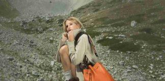 Alessia Marcuzzi con borsa Marks&Angels