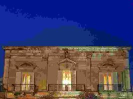 Ostuni palazzo Rodio Sera