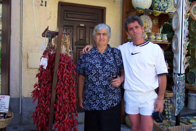 24 Giovanni Salvatore con la mamma a Pignola