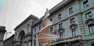 Albero del Vento in p.zza della Scala Milano ENGIE Italia 5 HD