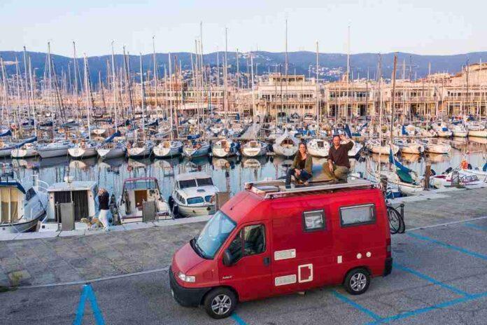 Torno a vivere in Italia Trieste falcon laF