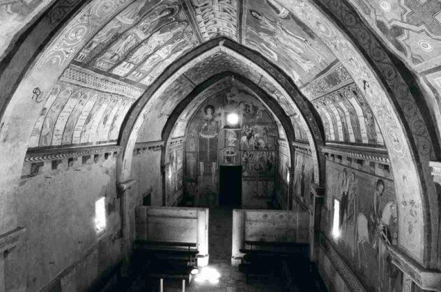 1 Oratorio di San Pellegrino Bominaco © foto Nicola G. Smerilli