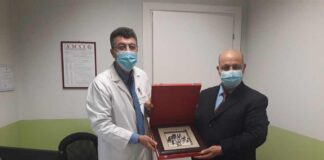 Il Console tunisino in Italia dr Chokri premia Foad Aodi Presidente Amsi e UMEM