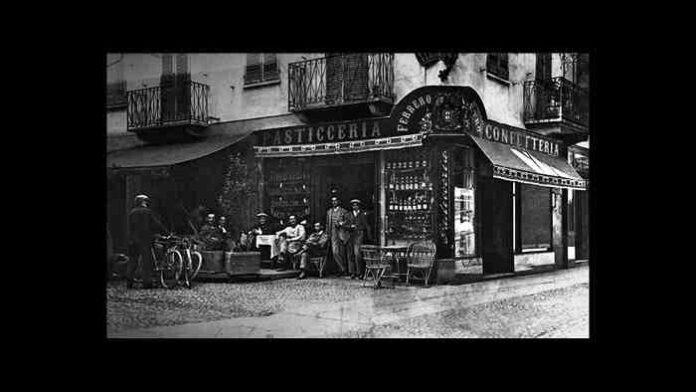 La prima pasticceria Ferrero, via Maestra angolo via Pierino Belli, anni '30