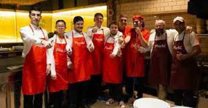Staff Pizzaut